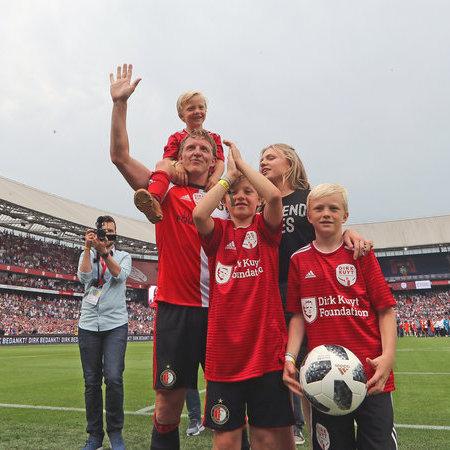 Dirk Kuyt Testimonial-07.JPG
