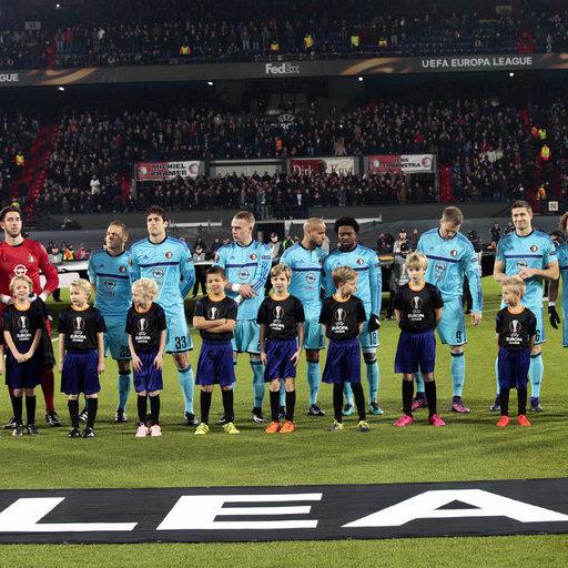 Wedstrijdmascottes Feyenoord - Fenerbahçe