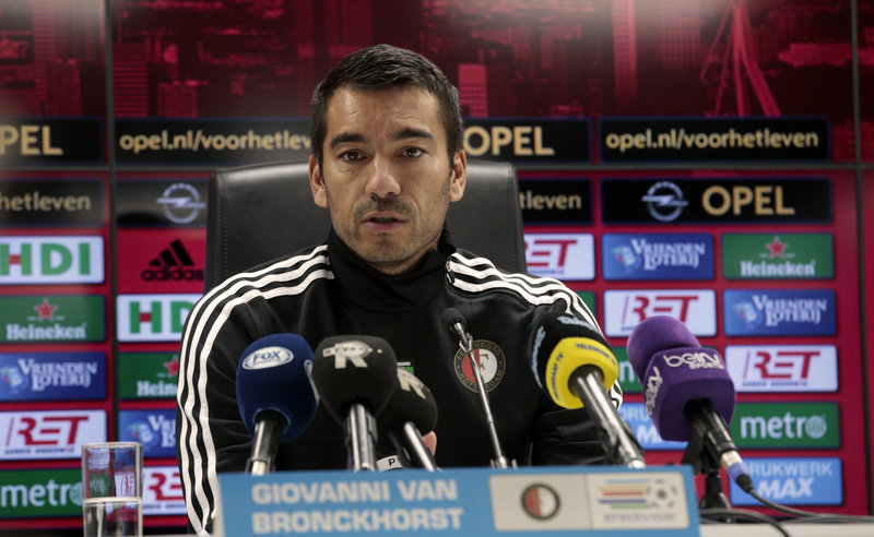 Van Bronckhorst: 'Last two matches something to hold on to'