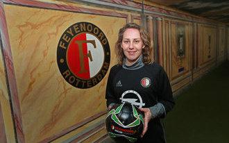 Manon Melis nieuwe trainer Feyenoord Soccer Schools