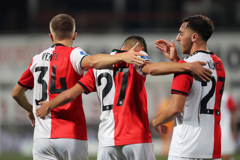 Feyenoord make smooth progress in the cup