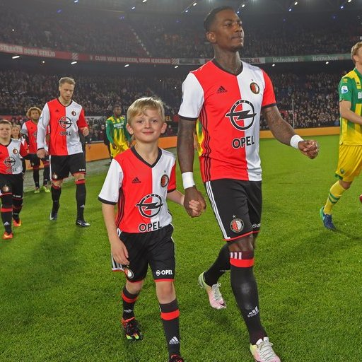 Wedstrijdmascottes Feyenoord - ADO Den Haag (KNVB beker)